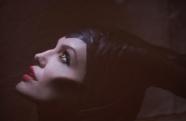 《沉睡魔咒》MV大赏 拉娜低沉声线烘托神秘气质