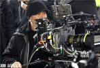 由吕克·贝松执导,斯嘉丽·约翰逊、摩根·弗里曼等巨星出演的《超体》,已经于本月24日通过3D、IMAX3D、中国巨幕、杜比全景声等多种版本登陆全国院线。在上映首周末连续三日稳坐票房冠军之外,影片中炫目的视效和IMAX版呈现出的震撼效果,也成为网友们争相讨论的话题。