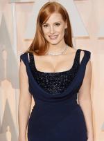 杰西卡·查斯坦深蓝长裙性感 曲线玲珑胸器逼人