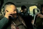 """近日,由丁晟执导,刘德华、刘烨、吴若甫、王千源主演的电影《解救吾先生》发布了一款刘德华主题视频特辑。视频中曝光了刘德华从影以来、在演绎了无数经典正反派形象后,首次突破性出演""""人质吾先生""""。"""