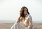 日前,《碟中谍5》导演克里斯托夫·迈考利确认执导《碟中谍6》,而瑞典女星丽贝卡·弗格森将有望在《碟6》中与阿汤哥再续前缘。据外媒透露,丽贝卡·弗格森疑与《碟中谍6》片方签订合同,将在电影中继续出演军情六处特工伊尔莎·福斯特。