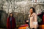 """由香港著名导演陈果执导、改编自著名作家蔡骏同名小说,由Angelababy、阮经天等联袂主演的爱情悬疑电影《谋杀似水年华》将于情人节2月14日全国公映。日前,影片公布由Twins演唱的电影主题曲《天天夜夜》MV,以及""""赤爱""""版主题海报。"""