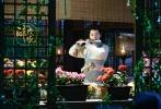 由刘诗诗、陈伟霆、徐海乔主演的电视剧《醉玲珑》正在热播,徐海乔在剧中饰演温润腹黑的皇子元湛。