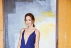 张钧甯身着吊带长裙出席2017 COSMO美丽盛典,灵动飘逸不失优雅。