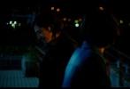 """由神作《胜者即是正义》(李狗嗨)原班人马制作,""""蓝丝带""""影后新垣结衣与日剧""""奥斯卡""""影帝瑛太联合主演的乒乓主题爱情电影《恋爱回旋》已于3月9日全国公映,该片上映首日便获得了猫眼9.5与淘票票9.4的极高评价,许多看完电影的观众都表示""""原本是冲着卡司阵容去的,没想到看哭了,太治愈了""""、""""竟然能把乒乓球主题的电影拍的热血又温情,超出期待"""",不过也有许多影迷吐槽心心念念等待《恋爱回旋》,却没想到所在城市影院根本没有排片,只能看着潮水般的好评干着急。"""