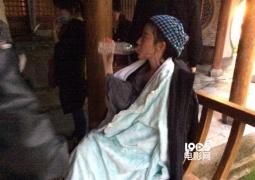 刘亦菲晒片场素颜照 神仙姐姐怎么长这样了?