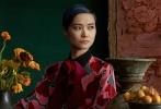 跟随李宇春的全新时尚大片,重回17世纪文艺复兴时期!