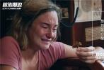根据轰动全球真实事件改编的最疼爱情灾难电影《惊涛飓浪》,已于12月7日在国内上映。电影由三获冰岛艾达奖最佳导演的巴塔萨·科马库执导,三度荣获奥斯卡金像奖最佳摄影师的罗伯特·理查森掌镜,《分歧者:异类觉醒》主演二表姐谢琳·伍德蕾与《饥饿游戏3:嘲笑鸟》主演山姆·克拉弗林强强联手共同出演,电影上映一周,热度不减,口碑持续走高。