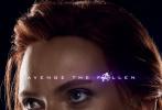 隨著上映時間的臨近,《複仇者聯盟4:終局之戰》也公布了越來越多的物料。近日,該片公布了一支幕後特輯與一組人物海報。在幕後特輯中,影片的主演和製片人現身說法,講述了如何用影像和情感,處理好現存人物和已經化為灰燼的人物之間的關係。