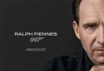 4月25日,007系列电影《邦德25》官宣主演阵容,丹尼尔·克雷格继续扮演詹姆斯·邦德,蕾雅·赛杜、本·卫肖、娜奥米·哈里斯、拉尔夫·费因斯、杰弗里·赖特、罗里·金奈尔等悉数回归。奥斯卡最佳男主角拉米·马雷克(《波西米亚狂想曲》)也确认加盟出演。片方并未宣布《邦德25》的正式片名,目前还叫《邦德25》。