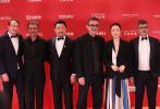 北京时间6月23日,第22届上海国际电影节闭幕式举行。闭幕红毯众星云集,星光熠熠。赵涛、郝蕾、吴京、王景春、长泽雅美、片寄凉太、汤姆·希德勒斯顿、米拉·乔沃维奇、大鹏、张子枫、王大陆、谭维维等国内网明星亮相红毯。