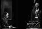 """7月2日,《使徒行者2:谍影行动》片方曝光一组""""黑白两道""""剧照,极致风格化的影调将影片正邪对峙、一触即发的紧张气氛渲染得淋漓尽致,冷峻凌厉的光影虚实之间更是杀机四伏。"""