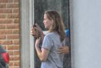 """当地时间7月2日,""""大表姐""""詹妮弗·劳伦兹在美国新奥尔良的片场照曝光,这是沉寂许久的大表姐""""复出""""后接拍的第一部电影。"""