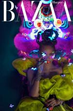时隔四年!蕾哈娜登封《时尚芭莎》演绎中国风
