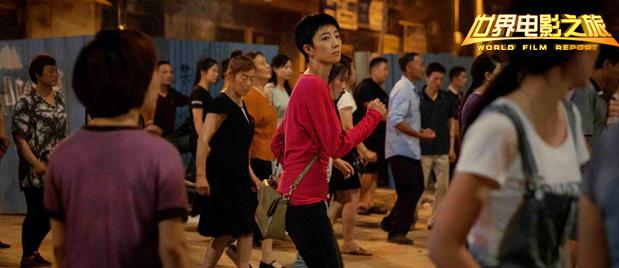 【世界电影之旅】入围戛纳的《南方车站的聚会》:黑夜中的霓虹逃亡