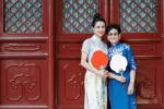 李若彤與媽媽旗袍寫真曝光 母女合體盡顯優雅高貴