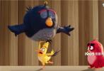 """爆笑动作动画《愤怒的小鸟2》发布了电影推广曲《小小鸟》,国内女团""""火箭少女101""""成员吴宣仪倾情演唱,MV也正式上线。推广曲曲风活泼甜美,歌词充满了治愈人心的正能量。MV中,电影的主角们闯进录音棚,调皮捣蛋的它们和吴宣仪发生了一串趣事。影片将于8月16日全国上映。"""