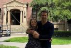 """近日,""""死侍""""扮演者瑞安·雷诺兹的老婆布莱克·莱弗利迎来了自己的32岁生日,瑞安通过社交账号晒照为妻子庆生,不过这照片的风格却遭到网友吐槽。"""