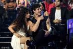 当地时间8月26日,2019MTV音乐录影带奖(2019 MTV Video Music Awards )颁奖礼在美国举行。肖恩·蒙德兹(萌德)和卡米拉·卡贝洛(卡妹)二人公布恋情后首次同台现身。