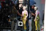 """小丑女变""""花滑女王""""!DC新片《猛禽小队》补拍动作场景的片场照曝光。"""