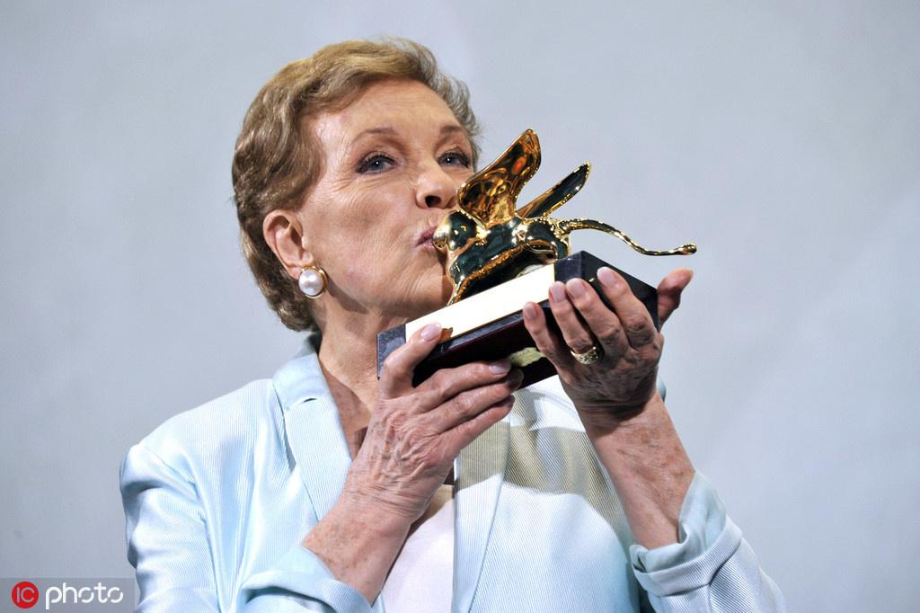 美国电影学院终生成就奖 朱莉·安德鲁斯获殊荣