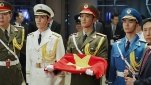 《我和我的祖国》之《回归》:0分0秒冉冉升起的五星红旗