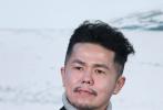 10月11日,由《爸妈不在家》导演陈哲艺执导的新片《热带雨》在第三届平遥国际电影展上首映,他也领衔制片人黄文鸿和主演杨雁雁出席新闻发布会,分享影片创作的台前幕后。
