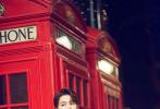 """近日,演员陈学冬一组""""伦敦不眠夜""""主题街拍大片释出,一身英伦睡衣风look信步游走于异国街头,享受片刻静谧时光,邂逅别样英伦风情。"""