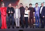 """经典科幻电影《终结者》又一次""""卷土重来""""——10月23日晚,阿诺·施瓦辛格、琳达·汉密尔顿两位""""灵魂人物""""携系列最新篇章《终结者:黑暗命运》亮相北京,一同出席首映的还有导演蒂姆·米勒及全新卡司麦肯兹·戴维斯、娜塔莉亚·雷耶斯、加布里埃尔·鲁纳、迪耶戈·博内塔。"""