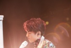 """11月1日,王俊凯""""无边界""""个人演唱会在北京五棵松体育馆举行。作为出道六年来首场个唱,王俊凯精心准备、编排了20多首歌曲,为期待已久的粉丝带来了一场视听盛宴。"""