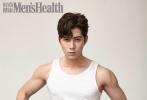 11月5日,陈学冬为《时尚健康》拍摄的封面大片曝光。照片中,陈学冬身穿白色背心,推着轮胎的他,露出手臂的肌肉,还不时掀起背心,大秀腹肌,十分撩人。