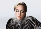 Lady Gaga自曝被性侵后患精神病 曾有自残倾向