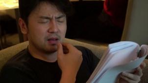 """雷佳音大秀""""音""""式英语 《海上钢琴师》中国纪念版海报喜提热搜"""
