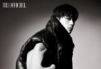 11月18日,易烊千玺登封《时装L'OFFICIEL》十二月刊封面释出。