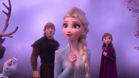 《冰雪奇缘2》公映预告 艾莎姐妹升级蜕变