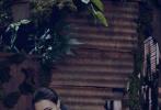 """昨日(11月26日)芭莎發布了一組極具時尚感的《天火》大片,明暗交替的色調營造出與影片極度契合的獨特氛圍。主創們身著黑色系服裝,每個人的特色都被鏡頭放大,將復雜的人物情感表達的淋漓盡致。電影《天火》由金牌制片人董文潔監制、國際知名導演西蒙·韋斯特執導,將于12月12日爆""""效""""賀歲。"""