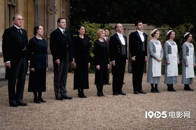 《唐頓莊園》打響尊嚴保衛戰 皇室到訪引「戰火」
