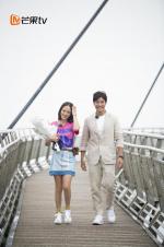 陈乔恩节目中官宣与艾伦在一起:爱情没有放弃我