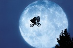 《E.T.》曝续集短片 呆萌外星人重返地球看望男主
