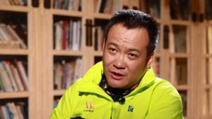 宁浩:坚持以人民为中心的创作导向 推进中国电影高质量发展