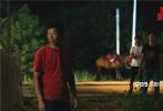 由饶晓志监制,新人导演徐磊执导的荒诞喜剧电影《平原上的夏洛克》自11月29日上映以来,观众们好评不断。12月2日,电影发布宣传推广曲《选择》MV,用简单明了的歌词和洗脑的旋律让网友们对这部荒诞喜剧有了不一样的认知!