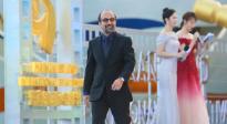 伊朗导演阿斯哈·法哈蒂亮相红毯 真诚分享独特创作技法