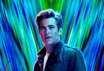 12月9日,DC超级英雄电影《神奇女侠2》发布全球首款预告片及四款人物海报,DC最飒女英雄再度帅翻全球。这一次,神奇女侠来到绚烂复古的80年代,身披全新的黄金铠甲守护人类世界。不仅如此,神奇女侠的恋人史蒂夫竟也神秘回归,神仙伴侣再续前缘。