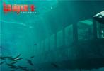 日前,由约翰内斯·罗伯茨执导的好莱坞灾难大片《鲨海逃生》发布先导预告及海报,深海恐惧与鲨口逃生双重窒息感扑面而来,唤醒心底久违的紧张刺激。