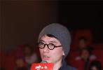 1905电影网讯 12月22日晚,动画电影《妙先生》在京举行首映。该片改编自《大护法》导演不思凡的同名短片,由李凌霄执导。首映礼上,影片的出品方代表,彩条屋影业总经理易巧表示,同样由彩条屋出品的《哪吒》,意义不是50亿票房,而是1.4亿的观影人数。正是越来越多的观众关注国漫,才让《妙先生》这样的作品有了上映的可能。