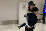 网友偶遇Baby带儿子日本滑雪 小海绵大长腿瞩目