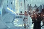《星球大战9》浩瀚太空遨游历险 动作场面受赞