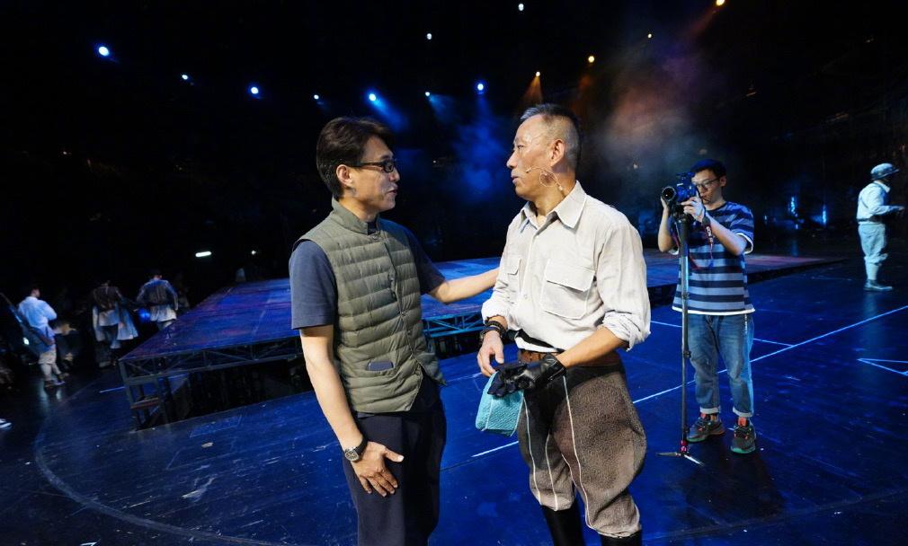 国家大剧院原创话剧《抉择》首次开放舞台探班