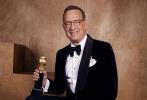 第77届美国电影电视金球奖于当地时间1月5日晚在比弗利山举行,颁奖典礼结束后,获奖者们在媒体区拍摄了官方写真,喜悦之情溢于言表。