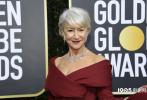 """北京时间1月6日上午(美国时间1月5日晚),第77届美国电影电视金球奖颁奖典礼在洛杉矶举行。莱昂纳多·迪卡普里奥、布拉德·皮特、妮可·基德曼、凯特·布兰切特、丹尼尔·克雷格、拉米·马雷克、玛格特·罗比、海伦·米伦、朱迪·科默、娜米奥·沃茨、""""雪诺""""基顿·哈灵顿、克尔斯滕·邓斯特、达科塔·范宁、乔伊·金、格温妮丝·帕特洛、比利·波特以及中国国家一级女演员赵淑珍等亮相金球奖红毯现场。"""